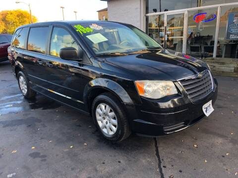 2008 Chrysler Town and Country for sale at Streff Auto Group in Milwaukee WI