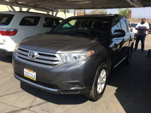 2013 Toyota Highlander for sale at JR'S AUTO SALES in Pacoima CA
