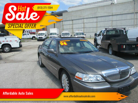 2004 Lincoln Town Car for sale at Affordable Auto Sales in Olathe KS