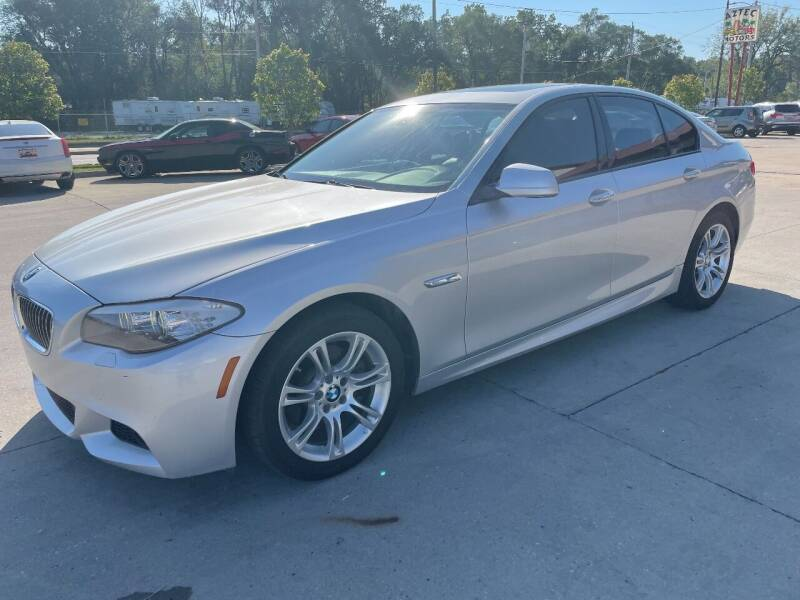 2013 BMW 5 Series for sale at Azteca Auto Sales LLC in Des Moines IA