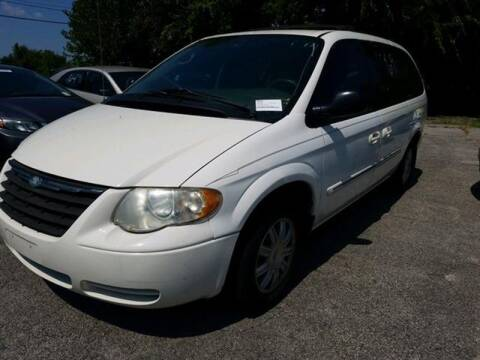 2005 Chrysler Town and Country for sale at Suzuki of Tulsa - Global car Sales in Tulsa OK