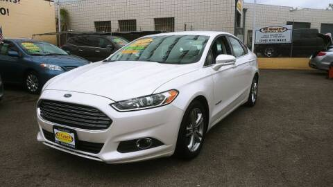 2015 Ford Fusion Hybrid for sale at El Guero Auto Sale in Hawthorne CA