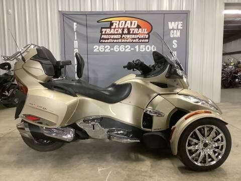 2017 Can-Am Spyder® RT Limited 6-Spee