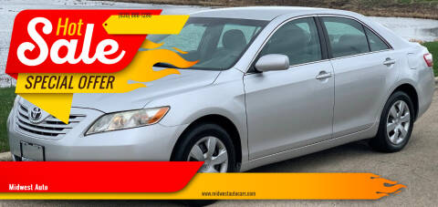 2009 Toyota Camry for sale at Midwest Auto in Naperville IL