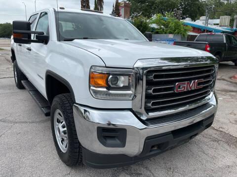 2018 GMC Sierra 2500HD for sale at PRESTIGE AUTOPLEX LLC in Austin TX