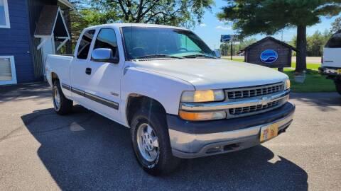 2000 Chevrolet Silverado 1500 for sale at Shores Auto in Lakeland Shores MN