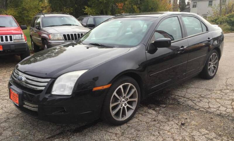 2009 Ford Fusion for sale at Knowlton Motors, Inc. in Freeport IL