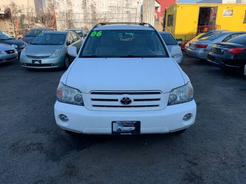2006 Toyota Highlander for sale at 77 Auto Mall in Newark NJ