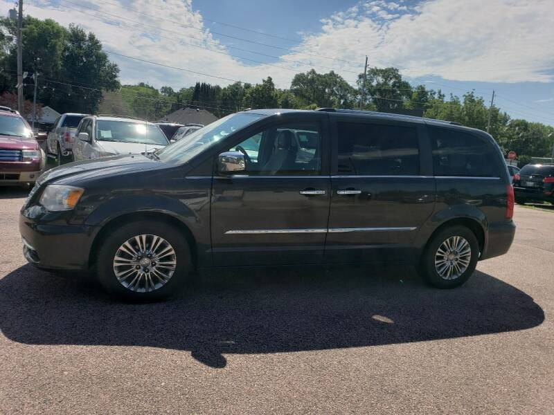 2011 Chrysler Town and Country for sale at RIVERSIDE AUTO SALES in Sioux City IA