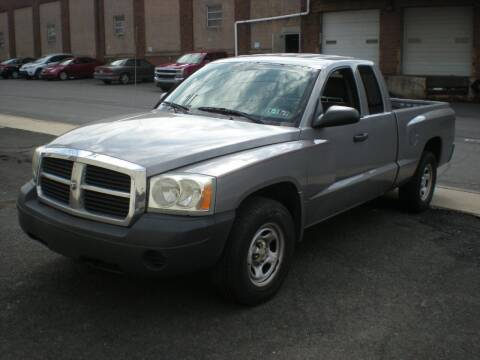 2005 Dodge Dakota for sale at 611 CAR CONNECTION in Hatboro PA