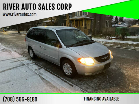 2002 Chrysler Town and Country for sale at RIVER AUTO SALES CORP in Maywood IL