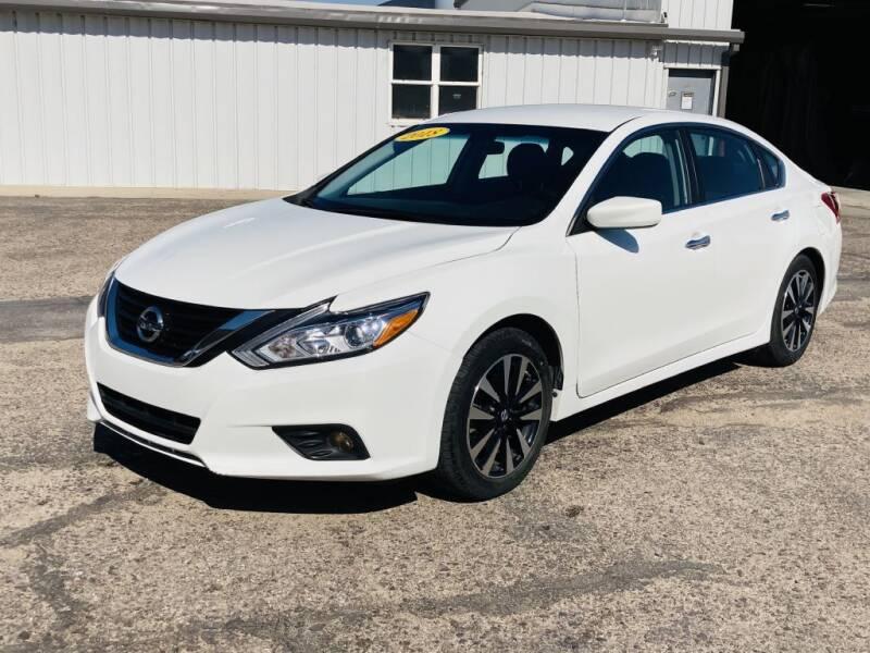 2018 Nissan Altima for sale at Valley Auto Locators in Gering NE