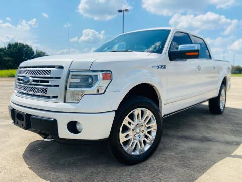 2013 Ford F-150 for sale at AUTO DIRECT Bellaire in Houston TX