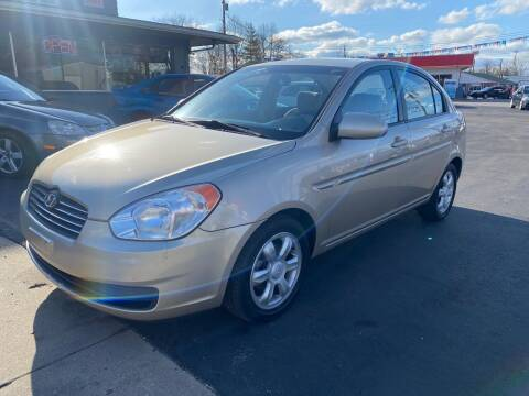 2006 Hyundai Accent for sale at Wise Investments Auto Sales in Sellersburg IN
