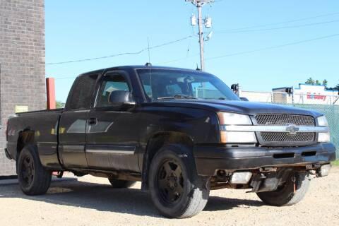 2004 Chevrolet Silverado 1500 for sale at Big Man Motors in Farmington MN
