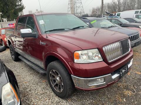 2006 Lincoln Mark LT for sale at Trocci's Auto Sales in West Pittsburg PA