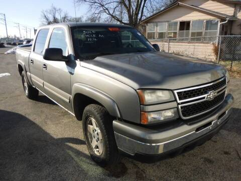 2006 Chevrolet Silverado 1500 for sale at Cycle M in Machesney Park IL