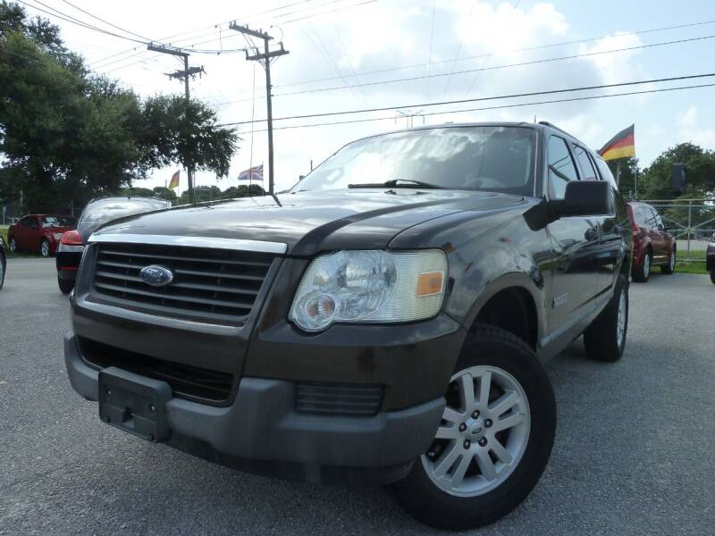 2006 Ford Explorer for sale at Das Autohaus Quality Used Cars in Clearwater FL
