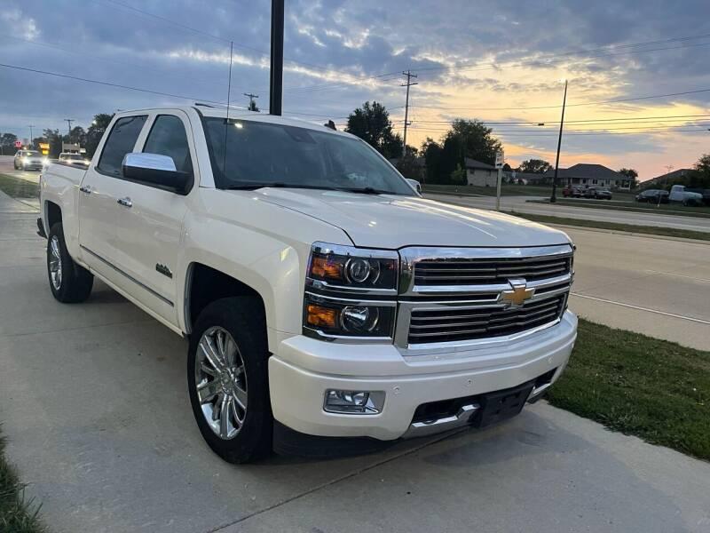 2014 Chevrolet Silverado 1500 for sale at Wyss Auto in Oak Creek WI
