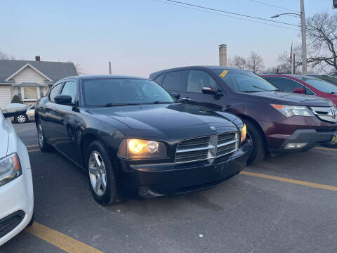 2010 Dodge Charger for sale at Ideal Cars in Hamilton OH