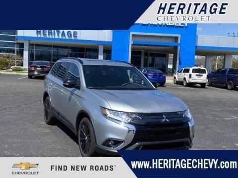2020 Mitsubishi Outlander for sale at HERITAGE CHEVROLET INC in Creek MI
