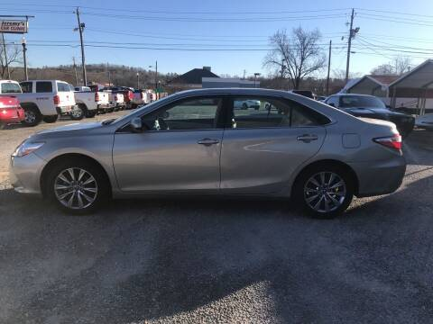 2015 Toyota Camry for sale at VAUGHN'S USED CARS in Guin AL