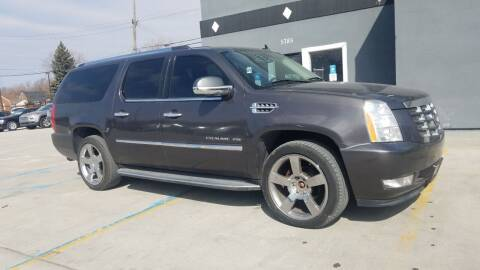 2010 Cadillac Escalade ESV for sale at Julian Auto Sales, Inc. in Warren MI