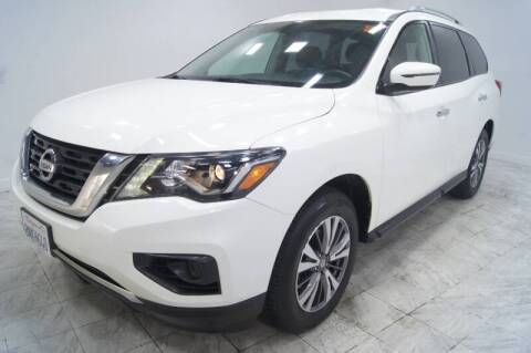 2017 Nissan Pathfinder for sale at Sacramento Luxury Motors in Carmichael CA