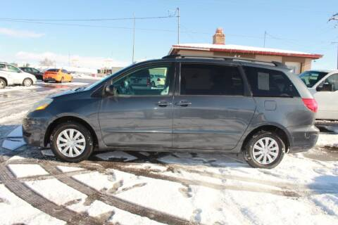 2007 Toyota Sienna for sale at Epic Auto in Idaho Falls ID