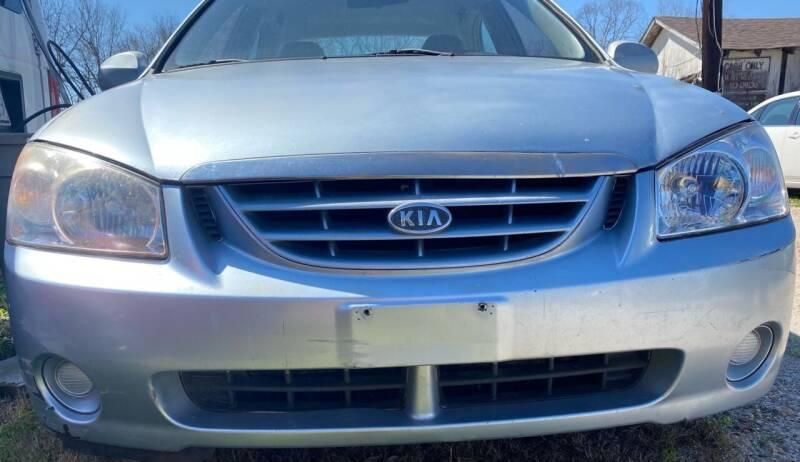 2004 Kia Spectra for sale at Ody's Autos in Houston TX