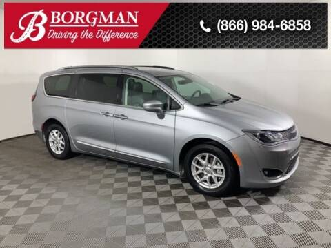 2020 Chrysler Pacifica for sale at BORGMAN OF HOLLAND LLC in Holland MI