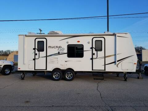 2015 Flagstaff Micro lite  for sale at Parkway Motors in Springfield IL