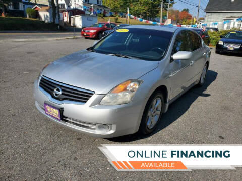 2009 Nissan Altima for sale at King Auto Sales in Leominster MA
