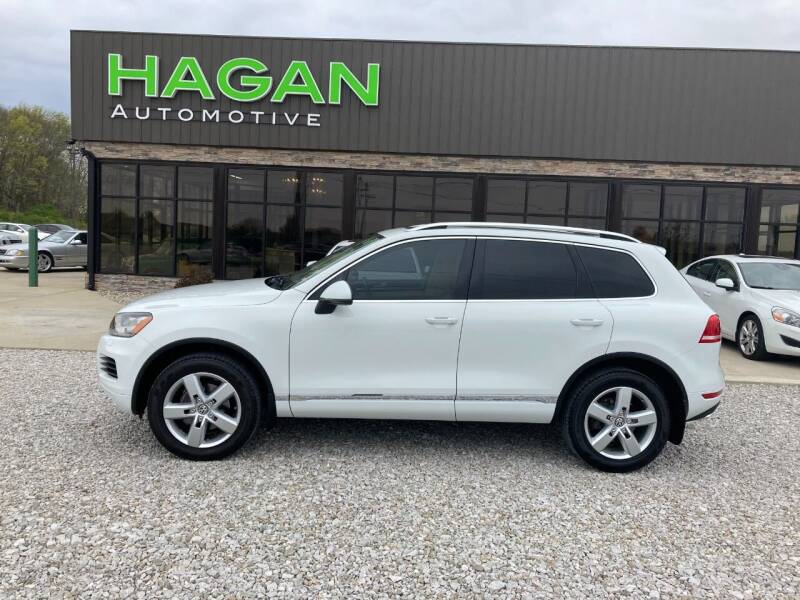 2014 Volkswagen Touareg for sale at Hagan Automotive in Chatham IL
