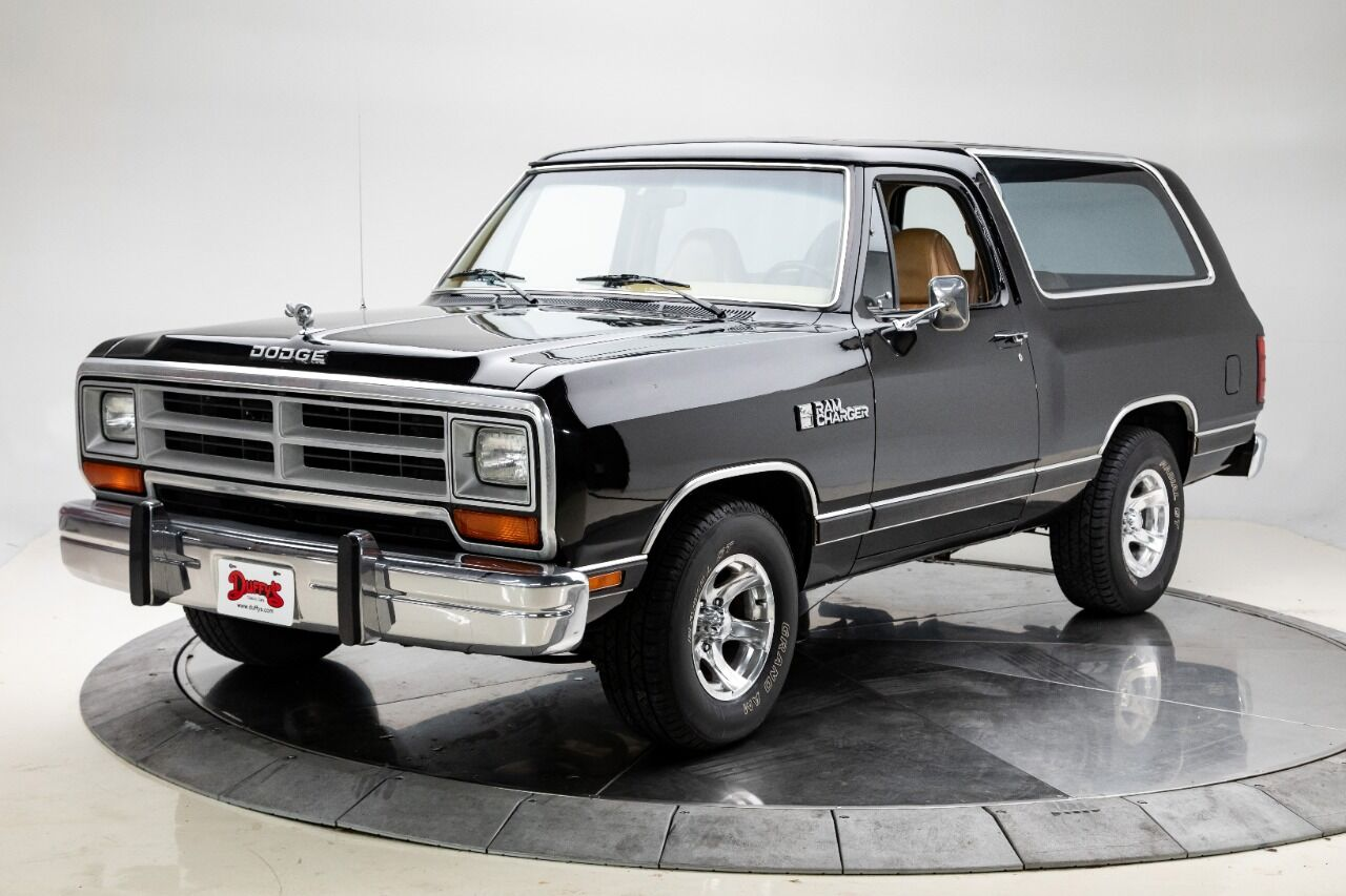 1989 Dodge Ramcharger 1