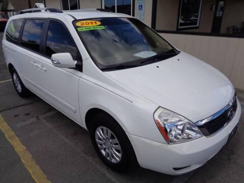 2011 Kia Sedona for sale at BBL Auto Sales in Yakima WA