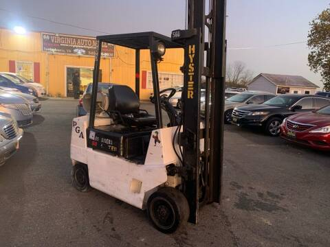 2001 Hyster 3 Stage Forklift for sale at Virginia Auto Mall in Woodford VA