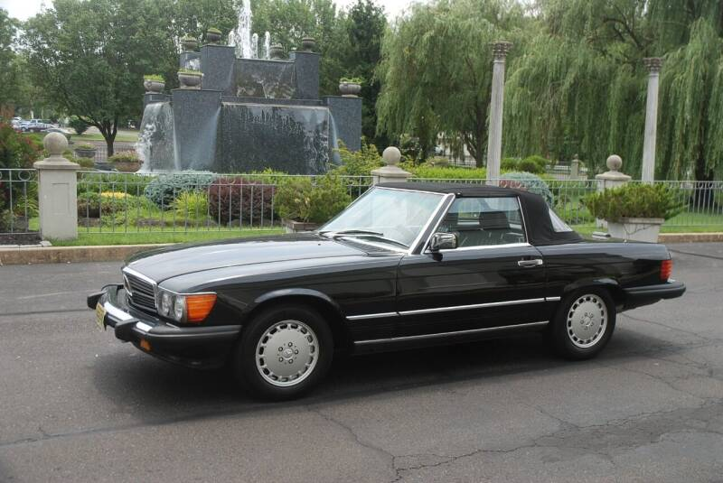 1988 Mercedes-Benz 560-Class for sale at Professional Automobile Exchange in Bensalem PA