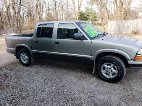 2003 Chevrolet S-10 for sale at Northwoods Auto & Truck Sales in Machesney Park IL