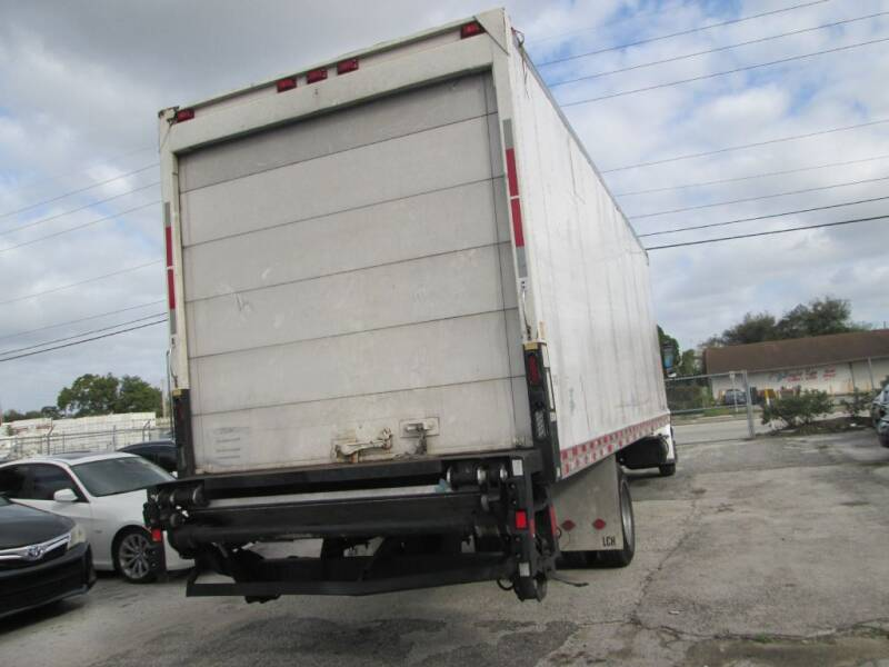 2005 International DuraStar 4300  - Orlando FL
