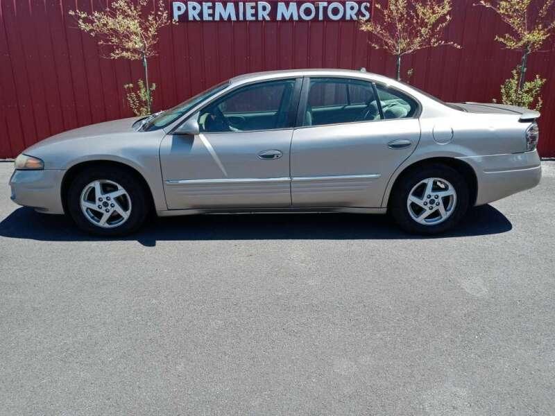2004 Pontiac Bonneville for sale at PREMIERMOTORS  INC. in Milton Freewater OR