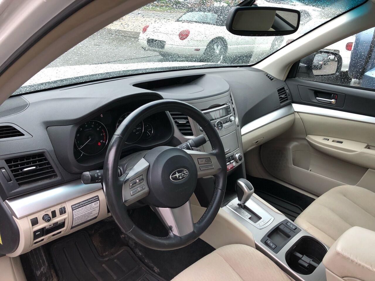 2011 Subaru Legacy 4dr Car