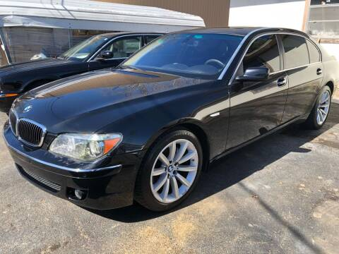 2008 BMW 7 Series for sale at Monroe Auto's, LLC in Parsons TN