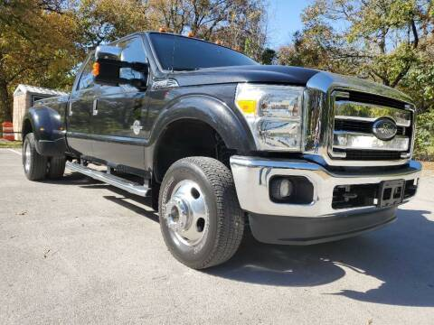 2015 Ford F-350 Super Duty for sale at Thornhill Motor Company in Lake Worth TX
