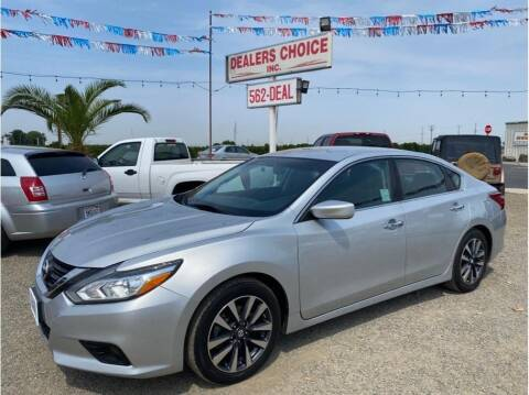 2017 Nissan Altima for sale at Dealers Choice Inc in Farmersville CA