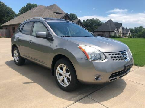 2009 Nissan Rogue for sale at Champion Motorcars in Springdale AR