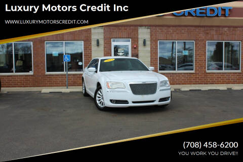 2013 Chrysler 300 for sale at Luxury Motors Credit Inc in Bridgeview IL