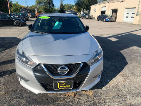 2018 Nissan Maxima for sale at PAPERLAND MOTORS in Green Bay WI