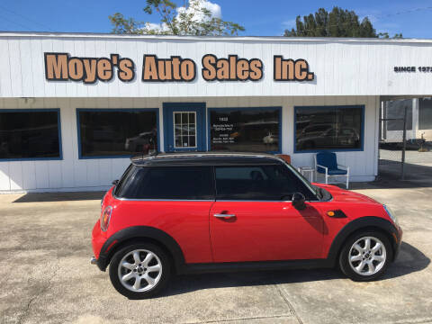 2010 MINI Cooper for sale at Moye's Auto Sales Inc. in Leesburg FL