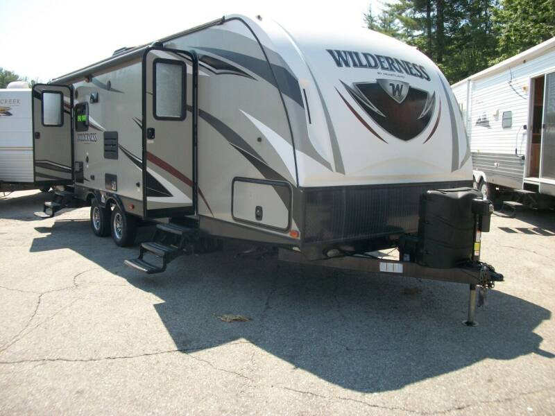 2016 Heartland Wilderness 2750RL for sale at Olde Bay RV in Rochester NH